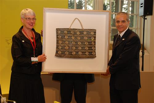 Presentation of gift from New Zealand during COP 9 meeting Secretariat of the Convention on Biological Diversity
