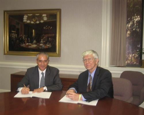 Signing ceremony - Memorandum of Understanding with Conservation International Secretariat of the Convention on Biologocal Diversity