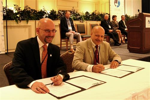 Signing ceremony - Memorandum of Understanding with the World Association of Zoos and Aquariums (WAZA) Ivan Rehak