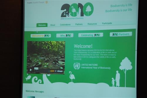 ABS-8 - Launch of the IYB website Secretariat of the Convention on Biological Diversity