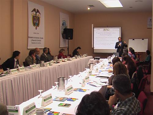 Roundtable on Financial Cooperation for the Colombian Protected Areas System - 3