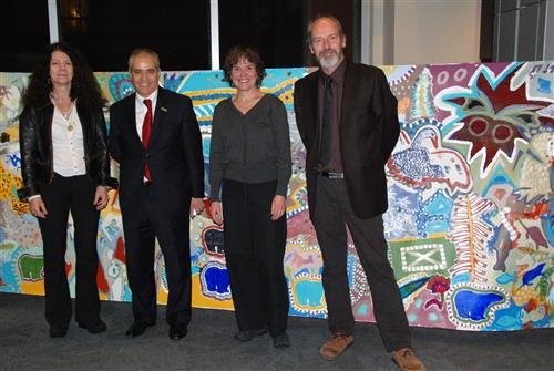Presentation of a fresco as a contribution to IYB, during the Montreal reception to mark the closing of IYB Secretariat of the Convention on Biological Diversity